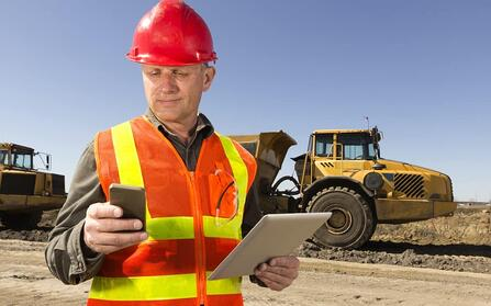 Live video assistance for field service